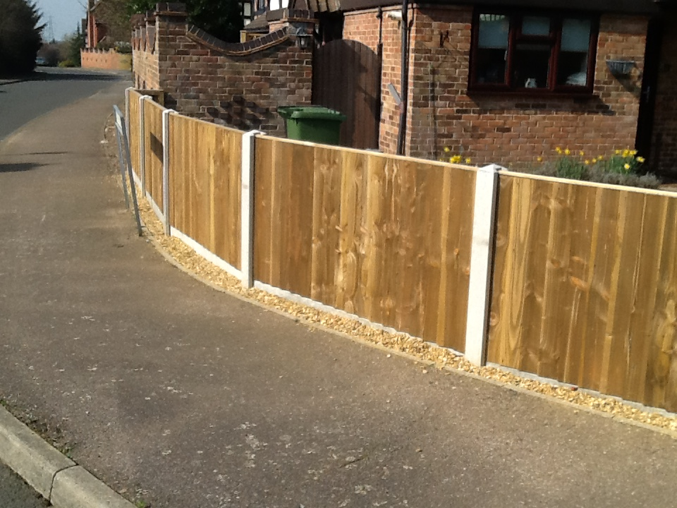 Professional fencing contractor in King's Lynn Norfolk
